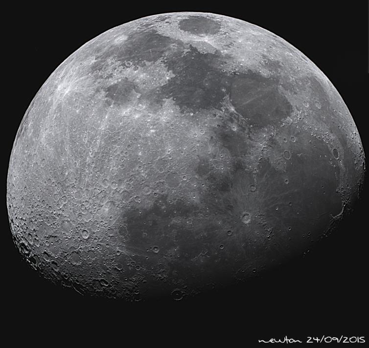 Lua Capturada na virada de 23/09 para 24/09 durante o programa Astronomia ao Vivo #102